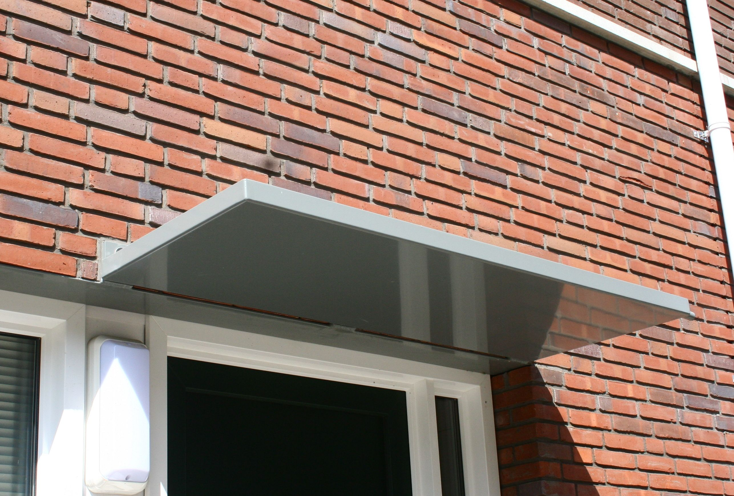 Aluminium deurluifel